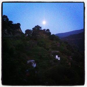 full moon morning Istan
